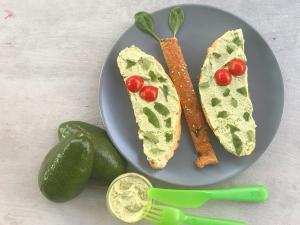 namaz od avokada i baby spanaca-baby spanać-avokado-namaz-doručak-ručak-recept-recepti za zdravu ishranu-Iceberg Salat Centar