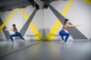 vežbe za stomak-fitness-trening-vežba-Iceberg Salat Centar-Janka Budimir-ishrana-zdravlje-klub zdravih navika