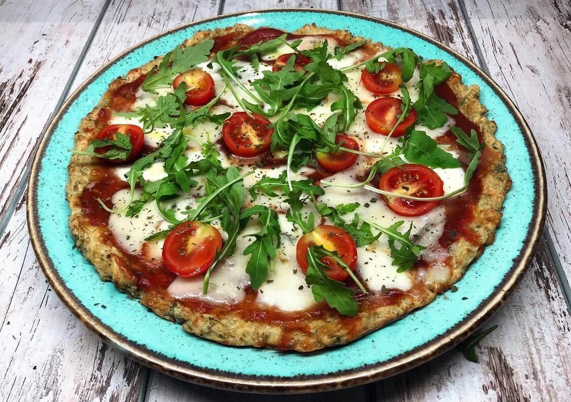 zdrava pica-zdravo-pica-zdrava vegeterijanska pica-jelo-obrok-ručak-užina-recept-rukola-mocarela-gorgonzola-vegeterian-Iceberg Salat Centar