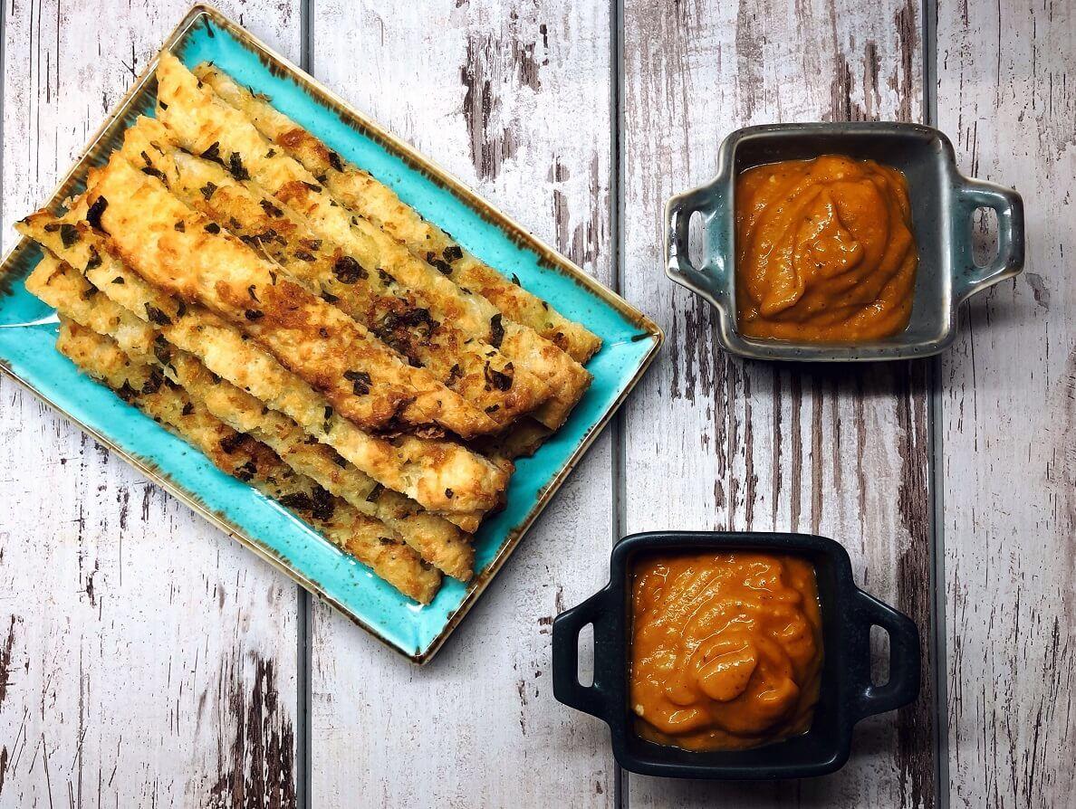 mozzarella sticks, cheese sticks, spread, sauce, snack, appetizer, canape, finger food, klub zdravih navika, iceberg salat centar
