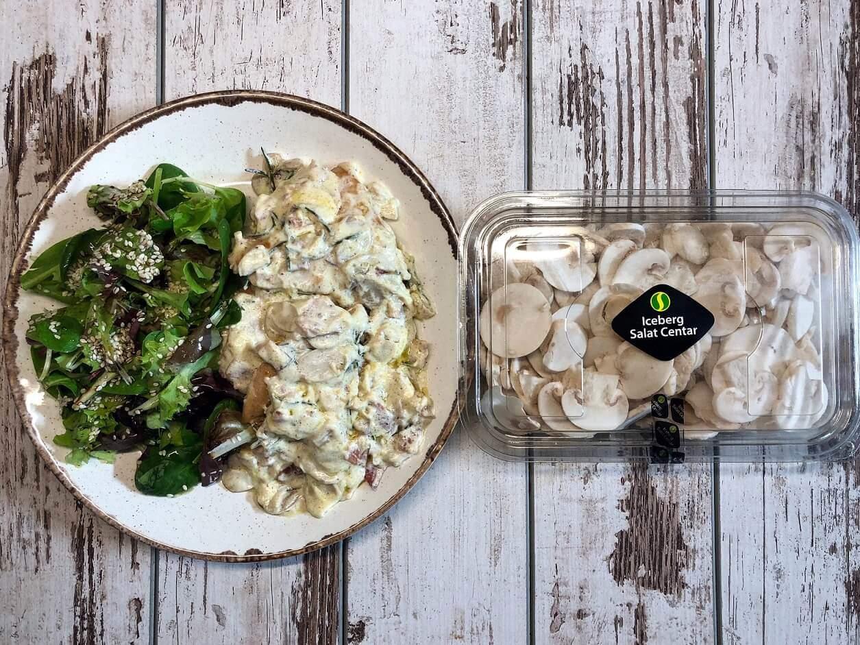 piletina u sosu od pečuraka-pileći file-pileći file sa pečurkama-pileće belo meso-ručak-večera-obrok-jelo-recept-zdravo-pečurke-iceberg salat centar-mila's homemade