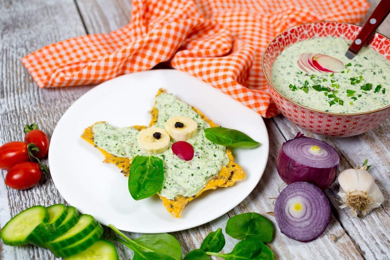 namaz-užina-baby spanać-krastavac-namaz od baby spanaća-namaz sa baby spanaćem-doručak-predjelo-umak-sos-preliv-zdravo-raw-Iceberg Salat Centar-klub zdravih navika-veseli zalogaji