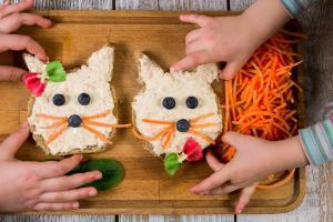 pileca pasteta-namaz-sos-umak-preliv-ručak-večera-doručak-predjelo-prilog-iceberg salat centar-klub zdravih navika