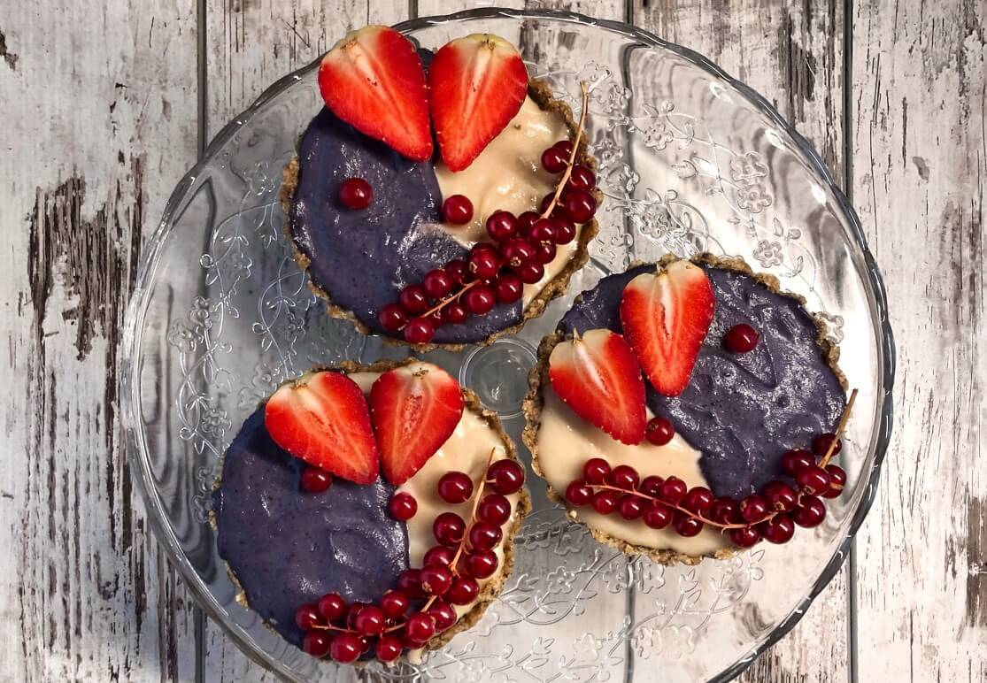 voćni tart-dezert-poslastica-slatkiš-užina-recept-voće-zdravo-bela čokolada-čokolada-raw-Iceberg Salat Centar-Klub Zdravih Navika