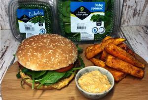 vegetarijanski burgeri-burgeri-povrće-ručak-večera-povrće-obrok-slano-recept-jelo-batat-iceberg salat centar