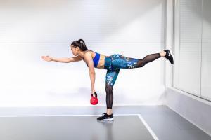 Janka Budimir prikazuje vežbe koje možete raditi kod kuce