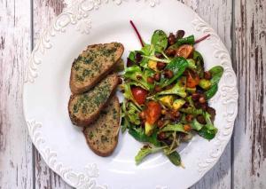Salata sa pikantnom leblebijom- cela emisija