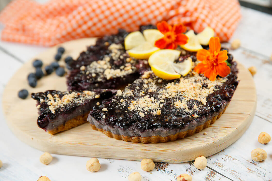 Krem torta sa borovnicama i integralnim keksom
