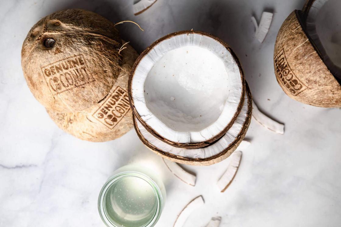 kokosova voda, svež kokos, organski kokos, blagodeti kokosa