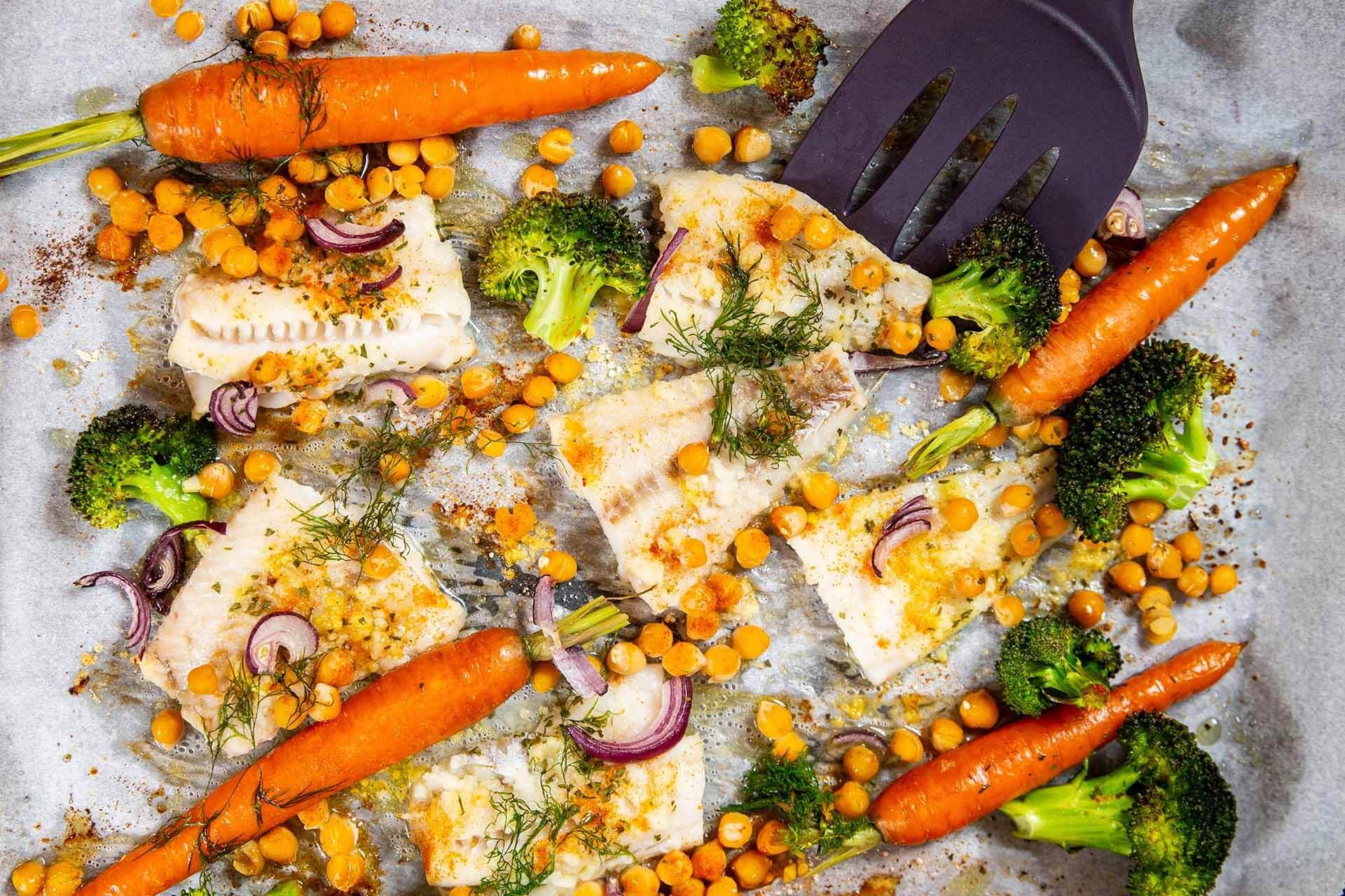 riba sa povrcem i leblebijom