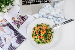 varivo, klub zdravih navika, klub zdravih navika varivo, kzn, varivo kzn, varivo od kinoe, kinoa varivo, varivo za ručak, varivo sa brokolijem, varivo od batata, varivo sa batatom, iceberg salat center
