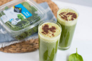 zeleni avokado, klub zdravih navika, zeleni avokado klub zdravih navika, kzn, zeleni avokado kzn, smuti avokado, smuti od avokada, zeleni smuti, iceberg salat centar