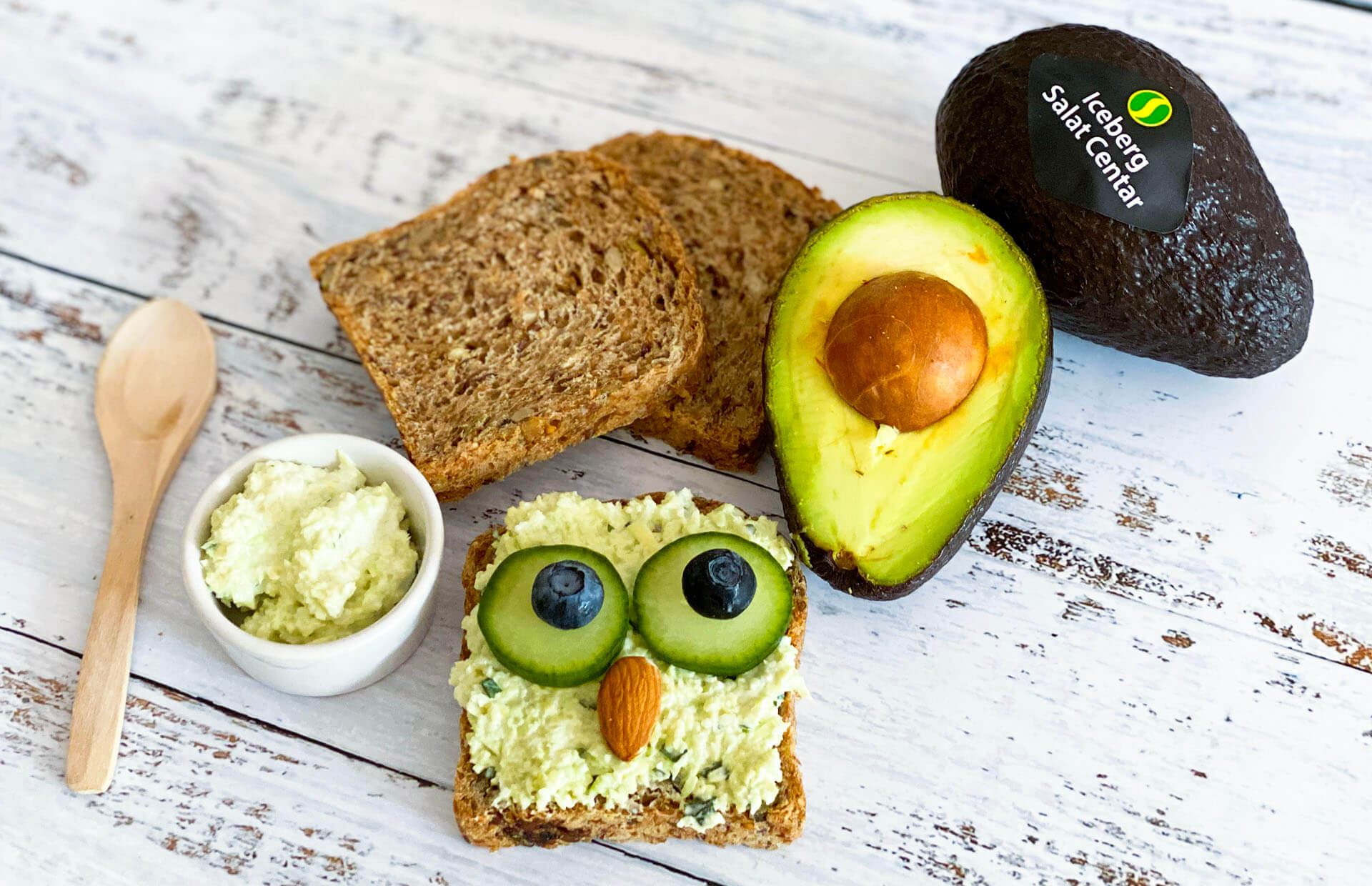 avokado u ishrani beba, beba avokado, bebe hrana avokado, bebe avokado, avokado kasa za bebe, iceberg salat centar