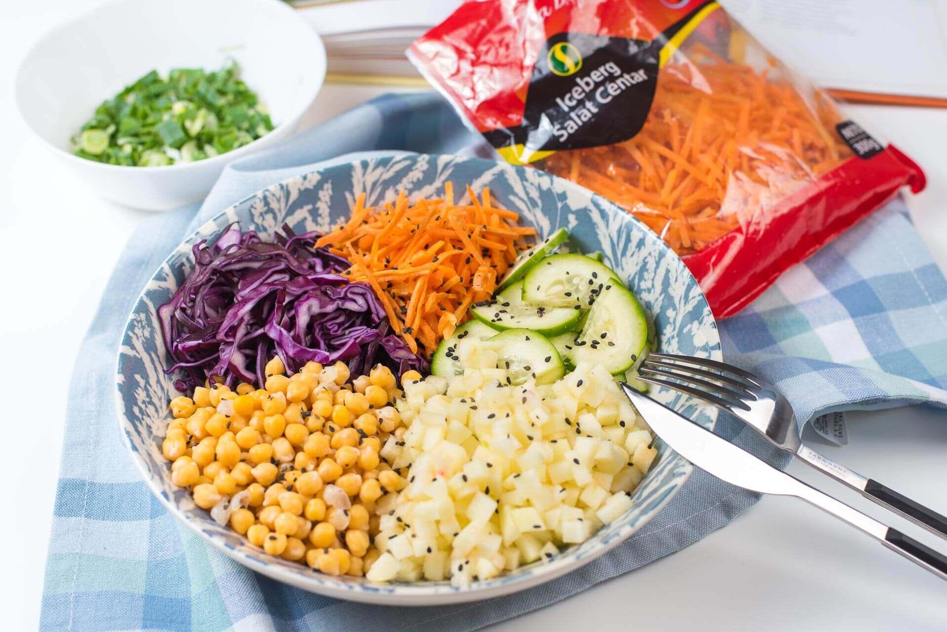 salata sa leblebijom, slatko kisela salata, letnja salata, zdrava salata, Iceberg Salat Centar