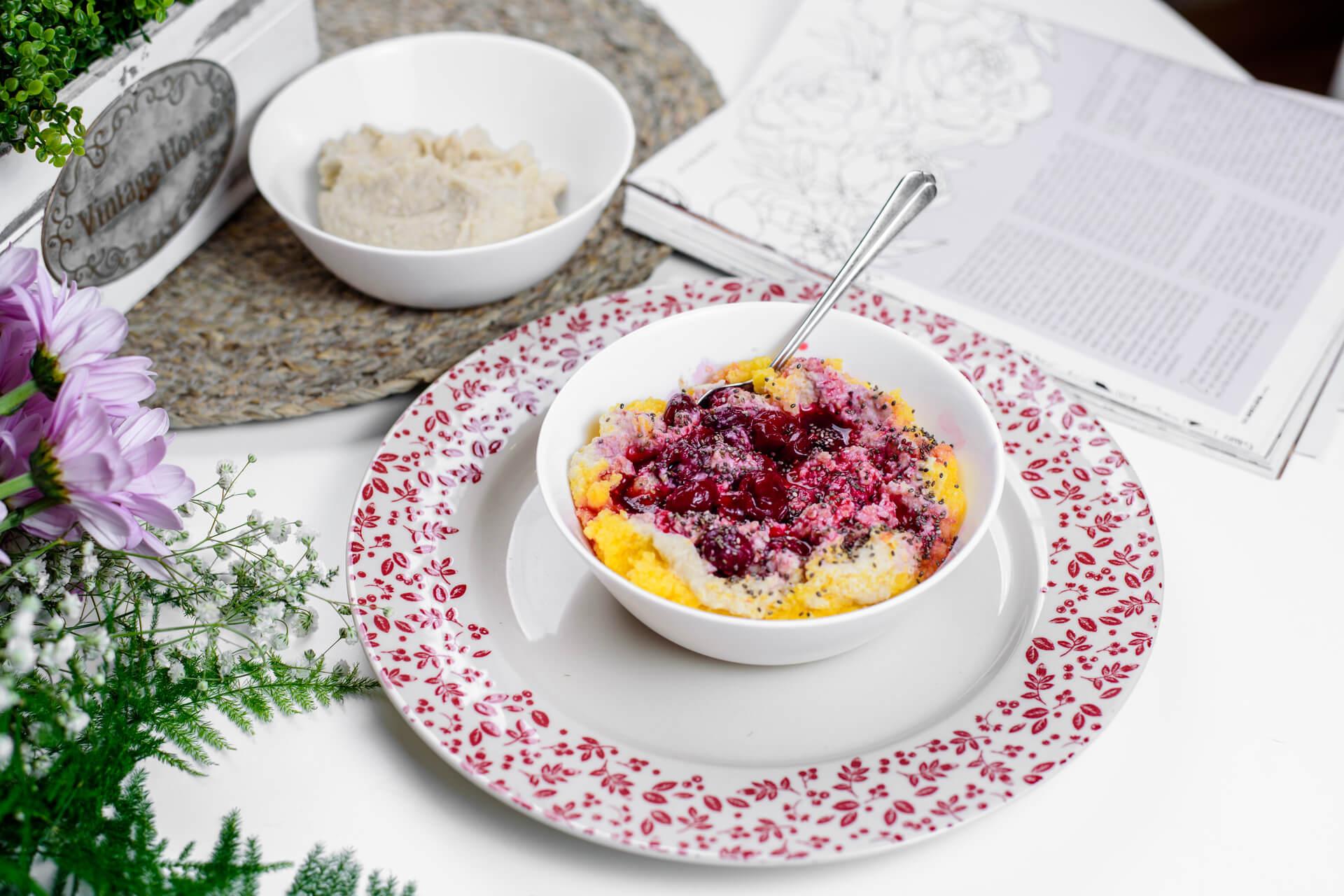 slatka palenta, slatka palenta sa višnjama, palenta, kačamak, slatki kačamak, zdravo, doručak, palenta za doručak, palenta recept, Iceberg Salat Centar