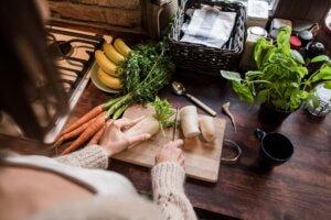 vrste povrća, klub zdravih navika, kzn, vrste povrća klub zdravih navika, vrste povrća kzn, povrće dobro za probavu, poboljšanje probave, povrće za bolju probavu, digestivni trakt, digestivni problemi, probavni problemi, saveti, strucni saveti, Iceberg Salat Centar
