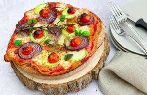 pizza sa tikvicama, klub zdravih navika, kzn, pizza sa tikvicama klub zdravih navika, pizza sa tikvicama kzn, pica sa tikvicama, ukusna pica, domaca pica, pica sa cherry paradajzom, pizza sa cherry paradajzom, zdravi recepti, slano, rucak, Iceberg Salat Centar